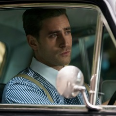 THE HAUNTING OF BLY MANOR (L to R) OLIVER JACKSON-COHEN as PETER QUINT in THE HAUNTING OF BLY MANOR Cr. EIKE SCHROTER/NETFLIX © 2020